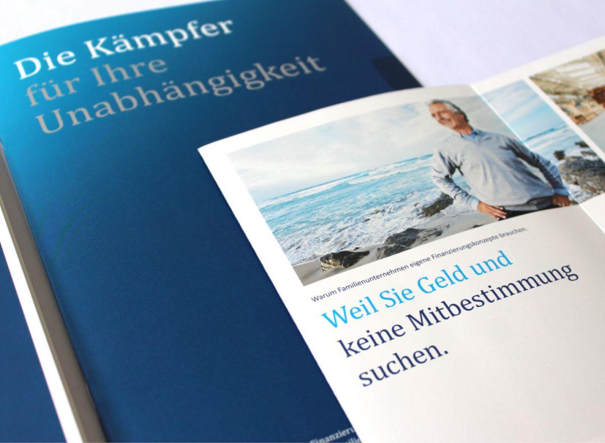Broschürendesign für den Finance Dienstleister Knöll im Detail